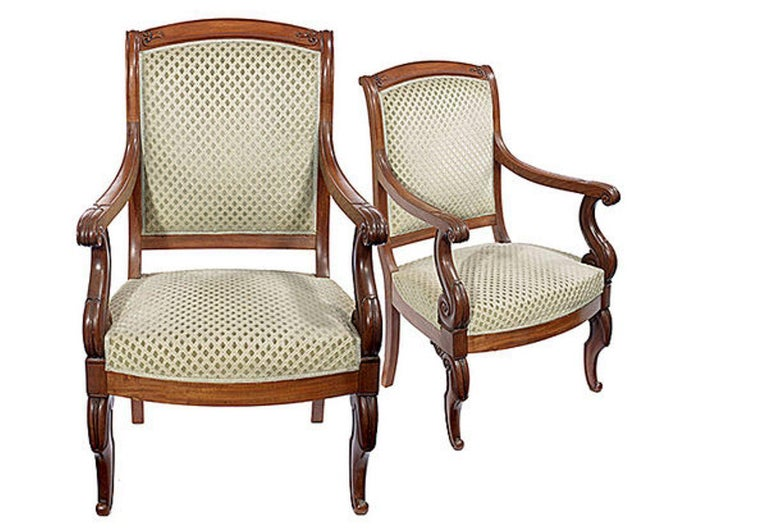 English Pair of Mahogany Open Armchairs, circa 1830 For Sale
