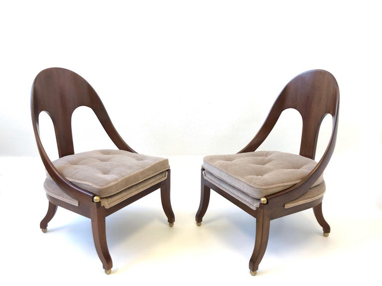 Mid-Century Modern Pair of Mahogany Spoon Back Slipper Lounge Chairs by Michael Taylor for Baker For Sale