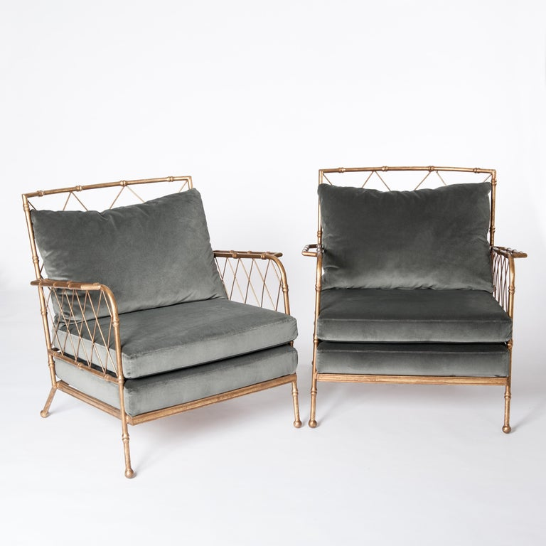 Light-footed and stylish armchairs in bamboo design.