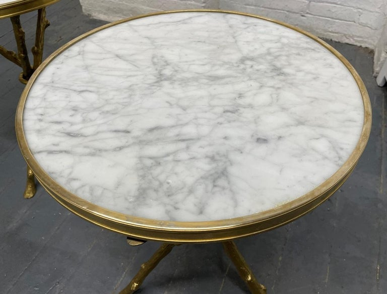 Unknown Pair of Maison Baguès Style Bronze and Carrara Marble-Top Tables For Sale