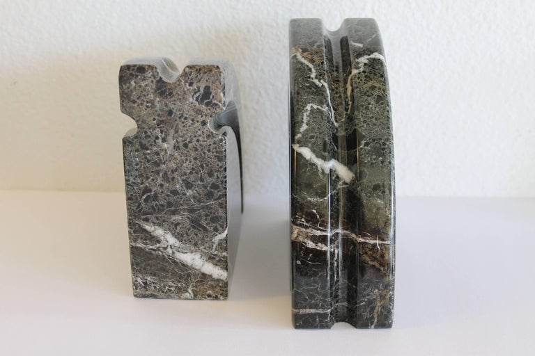 Pair of Marble Bookends In Excellent Condition For Sale In Palm Springs, CA