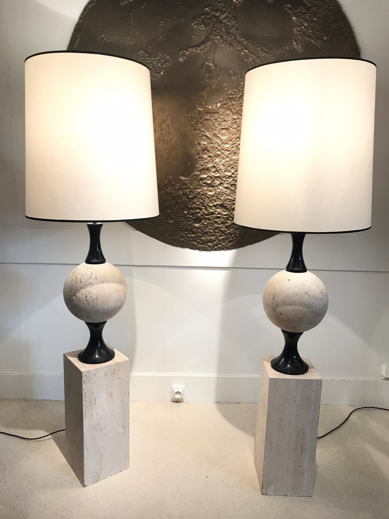 Pair of Marble Floor Lamps by Philippe Barbier In Good Condition For Sale In Saint-Ouen, FR