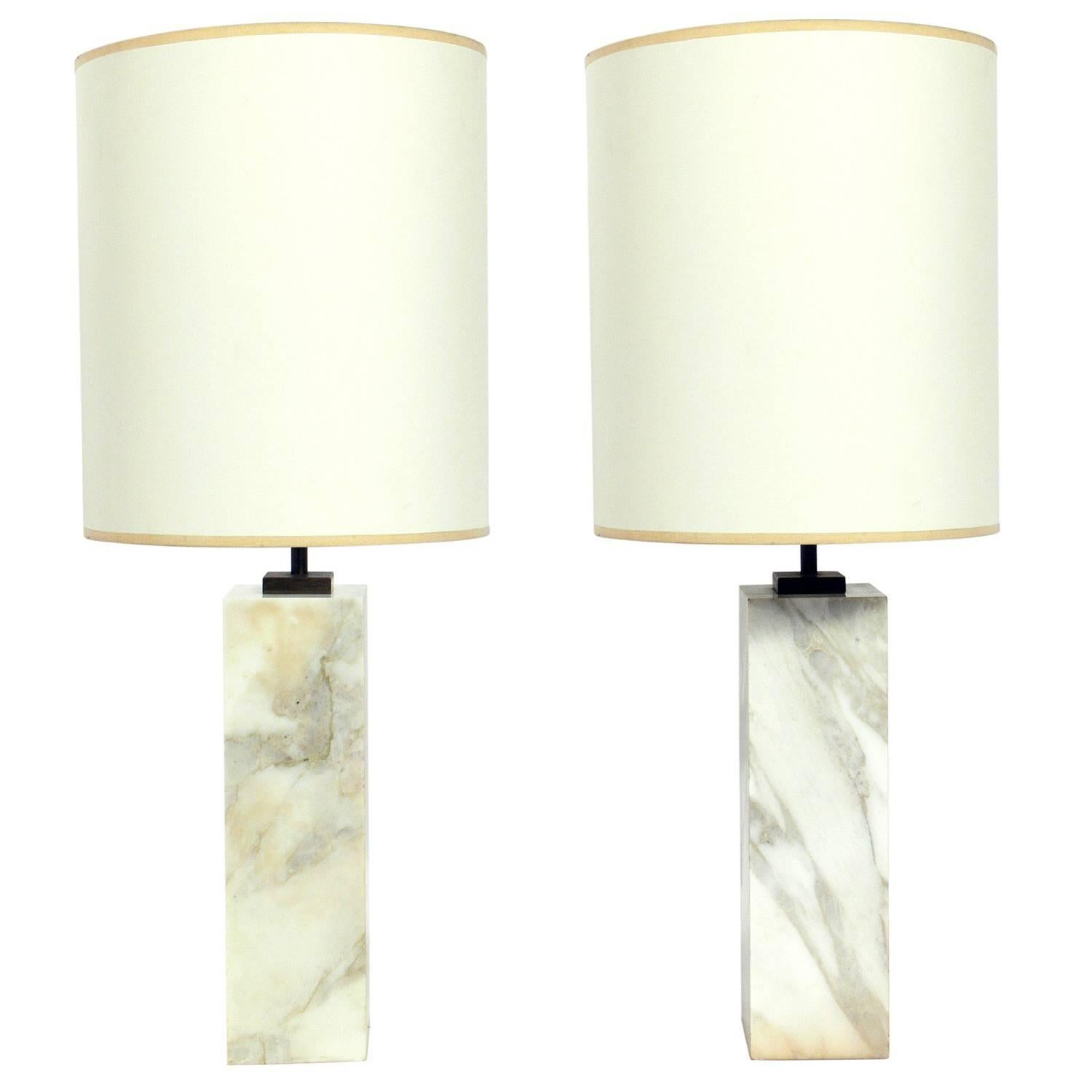 lamp base marble with table