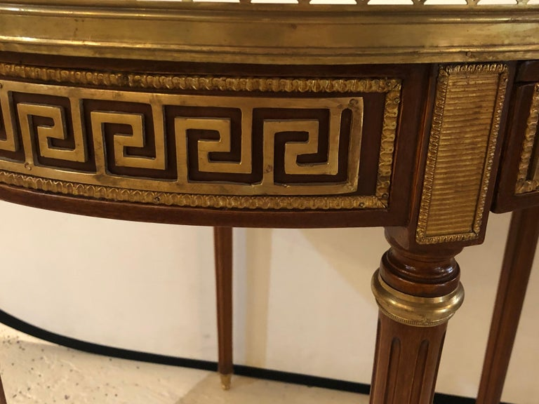 Pair of Marble-Top Greek Key Bouiliotte Tables / End Mahogany Double Drawers For Sale 7