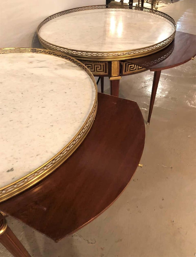 Pair of Marble-Top Greek Key Bouiliotte Tables / End Mahogany Double Drawers For Sale 1