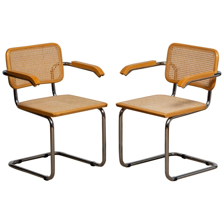 Beautiful set of two dining chairs model Cesca B64. Chromed tubular steel frames and beechwood with Viennese natural grid. Both in good condition, 1980.