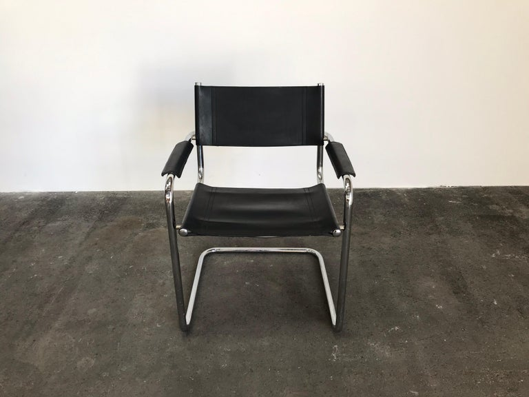Bauhaus Pair of Marcel Breuer Cantilever Dining Armchairs in Black Leather MG5 / B34 For Sale