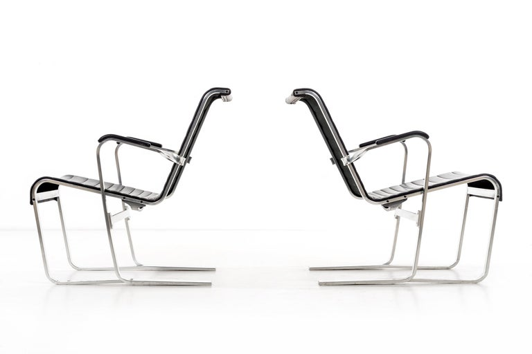 Pair of Marcel Breuer Lounge Chairs For Sale 4
