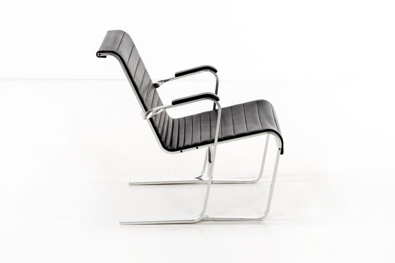 Aluminum Pair of Marcel Breuer Lounge Chairs For Sale