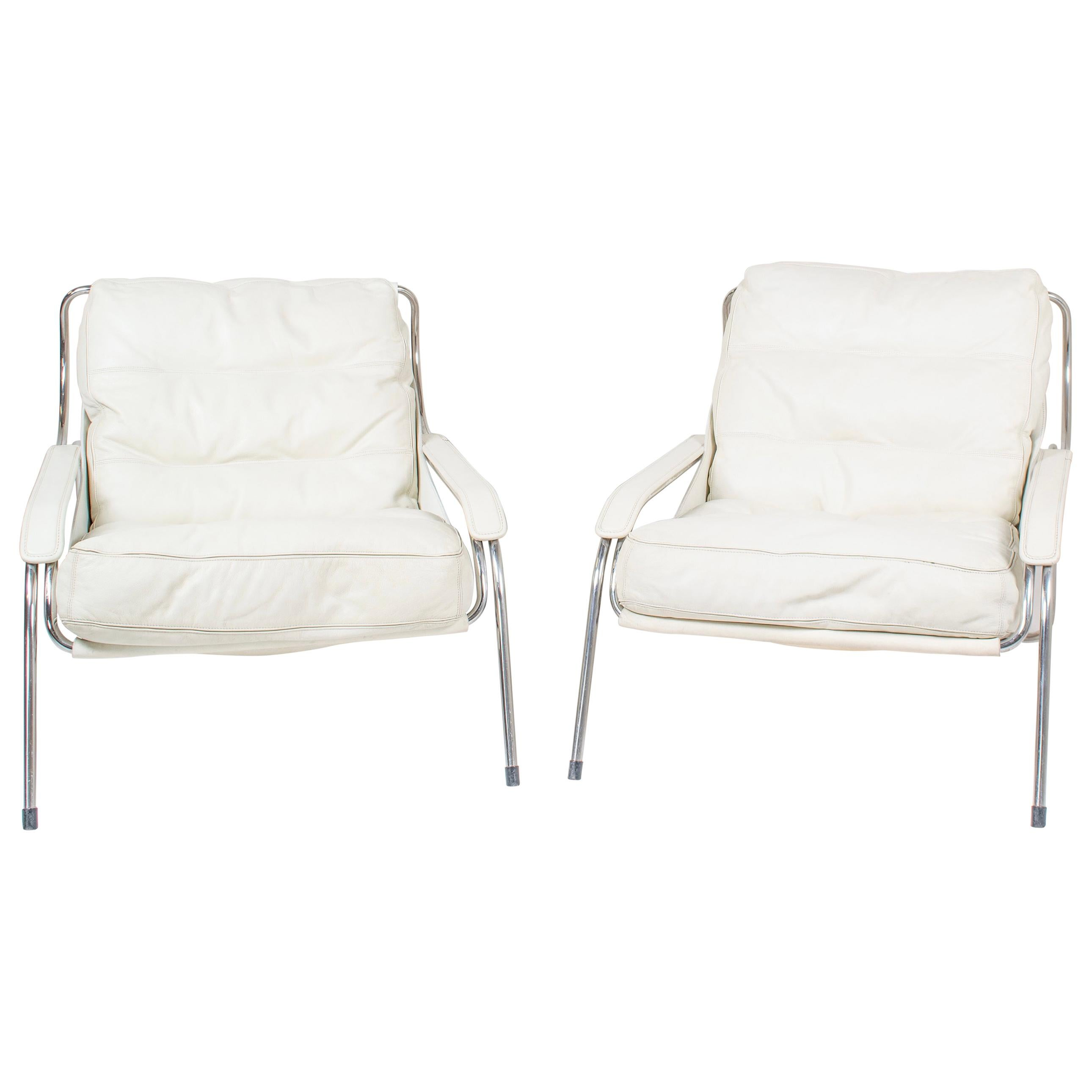 Pair of Marco Zanuso Maggiolina White Leather Chairs by Zanotta, Italy, 1947