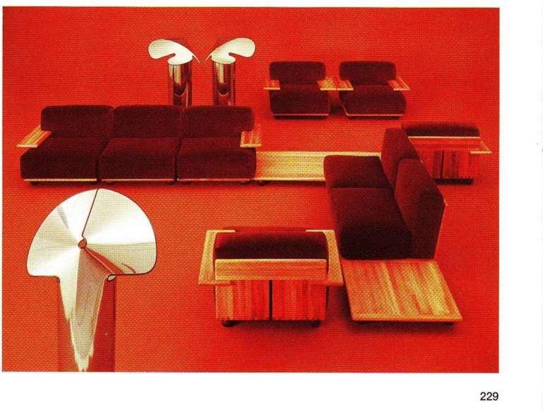 Italian Pair of Mario Bellini 3 Seat 'Pianura' Sofas & Table, Mohair & Solid Walnut 1971 For Sale