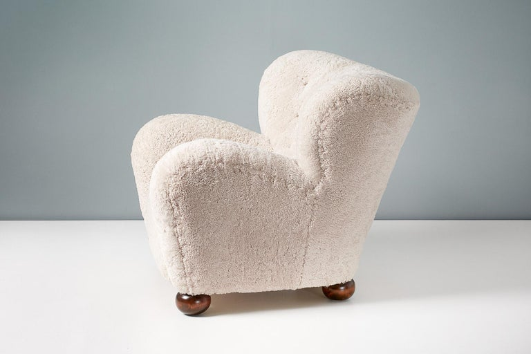 Pair of Marta Blomstedt 1930s Sheepskin Wing Chairs for The Hotel Aulanko For Sale 5