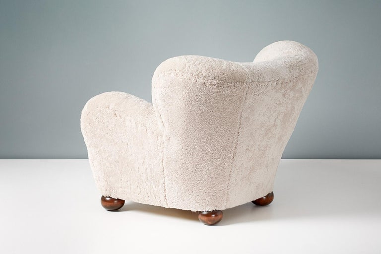 Pair of Marta Blomstedt 1930s Sheepskin Wing Chairs for The Hotel Aulanko For Sale 3