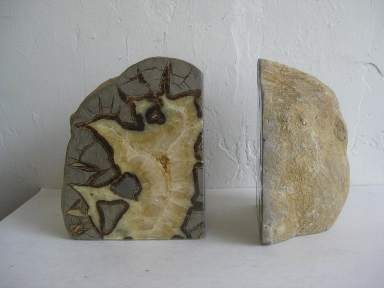 Pair of Massive Vintage Natural Geode Stone Rock Sculptural Bookends In Good Condition For Sale In San Diego, CA
