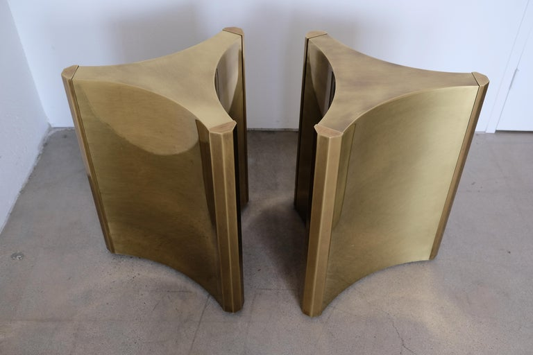 Mid-Century Modern Pair of Mastercraft Brass 'Trilobi' Dining Table Bases For Sale