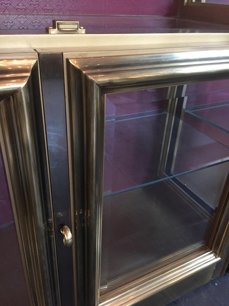 Glass Pair of Mastercraft Brass Vitrines Display Cabinets  For Sale