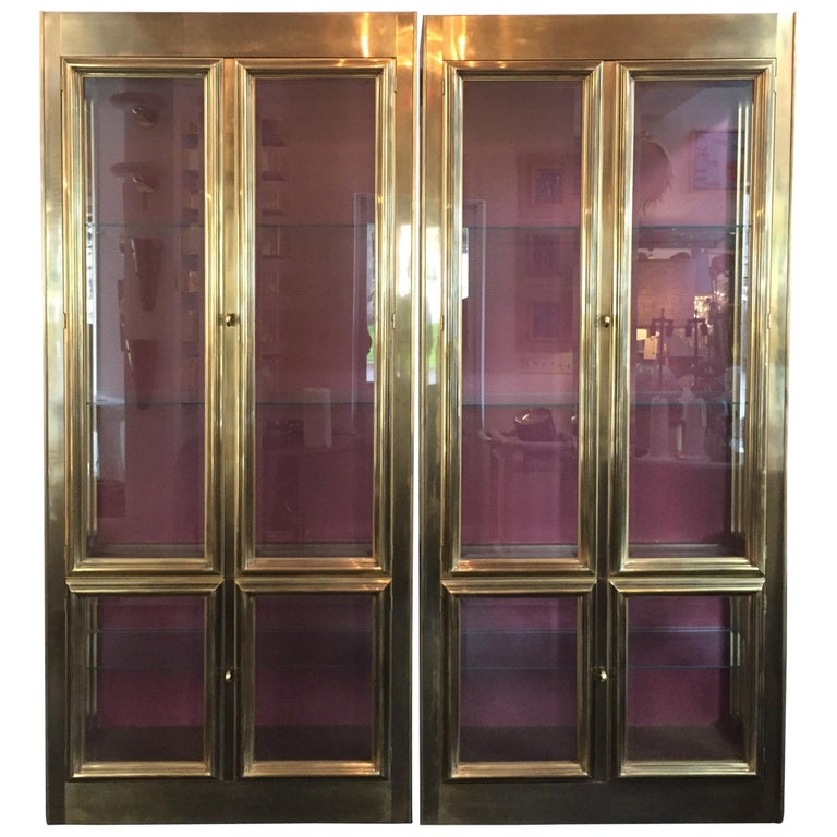Pair of Mastercraft Brass Vitrines Display Cabinets  For Sale