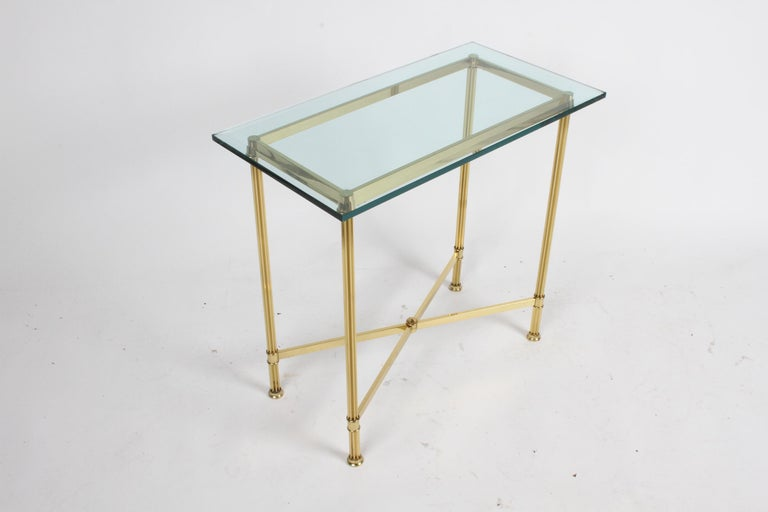 Pair of Mastercraft Hollywood Regency Fluted Brass and Glass Console Tables For Sale 5