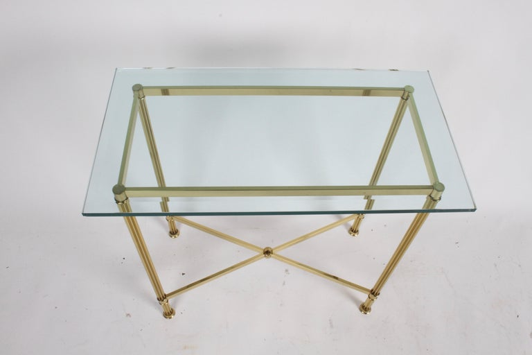 Pair of Mastercraft Hollywood Regency Fluted Brass and Glass Console Tables In Good Condition For Sale In St. Louis, MO