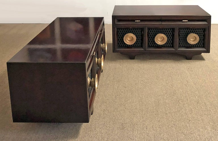 Mid-20th Century Pair of Matching Custom Cabinets, Nightstands or End Tables For Sale