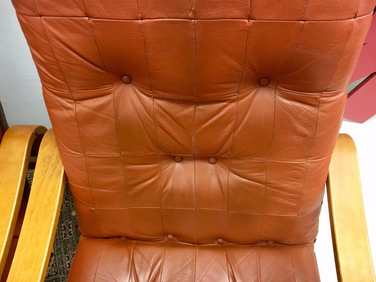 Pair of Danish Modern Teak and Tufted Leather Lounge Chairs For Sale 1