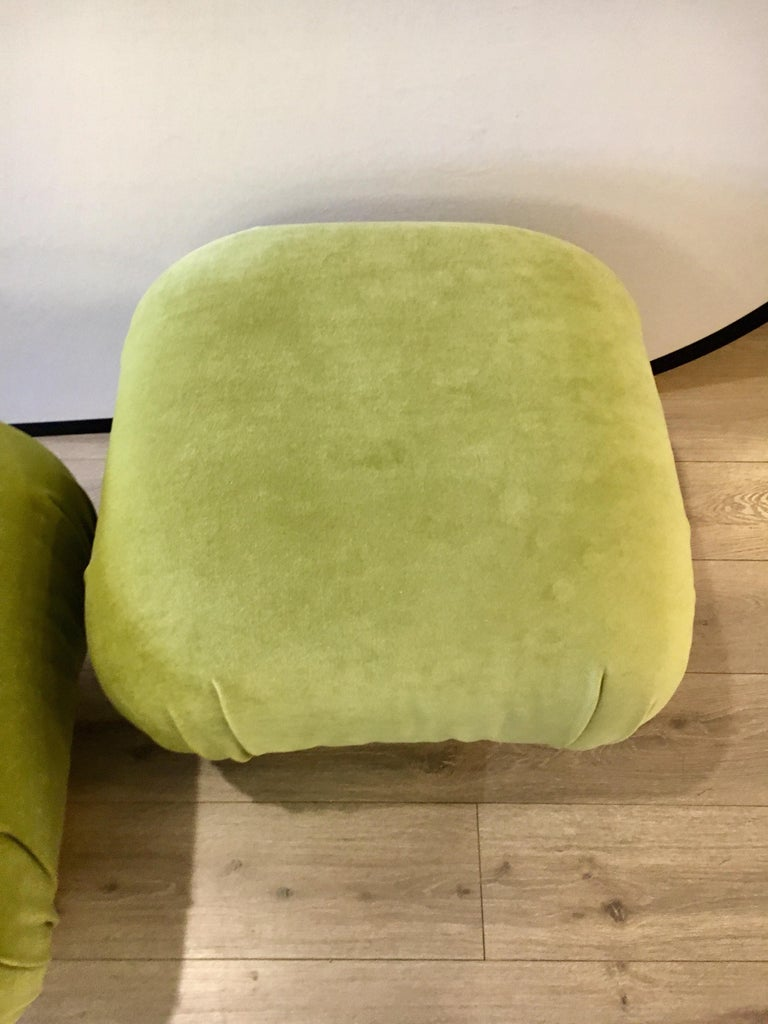 Metal Pair of Matching Midcentury Poufs Stools Ottomans with Brass Band Base For Sale