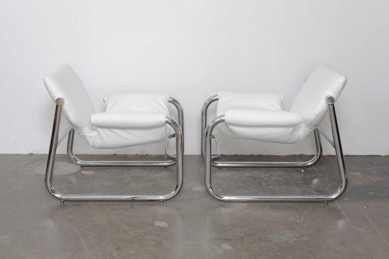 Mid-Century Modern Pair of Maurice Burke Tubular Chrome and White Leather Chairs for Pozza, Brazil For Sale