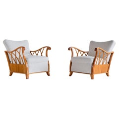 Pair of Maurizio Tempestini Armchairs in Elm and White Bouclé, Italy, 1940s