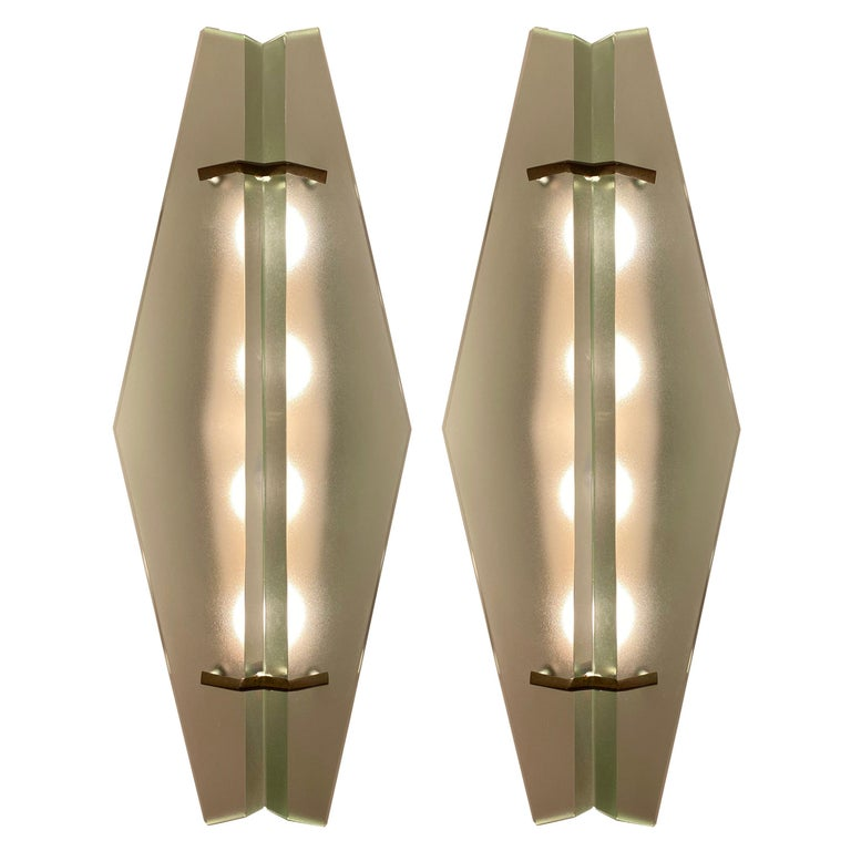 Pair of Max Ingrand '1937' Model Appliques for Fontana Arte, Italy, circa 1960 For Sale