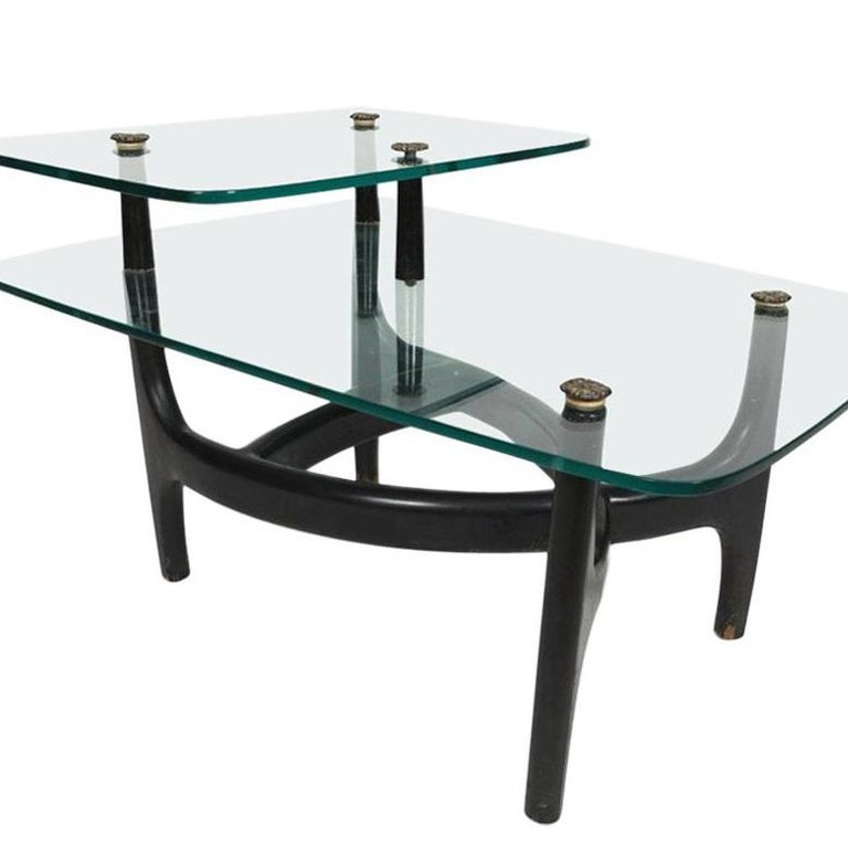 Mid-Century Modern Pair of MCM Side Tables  For Sale