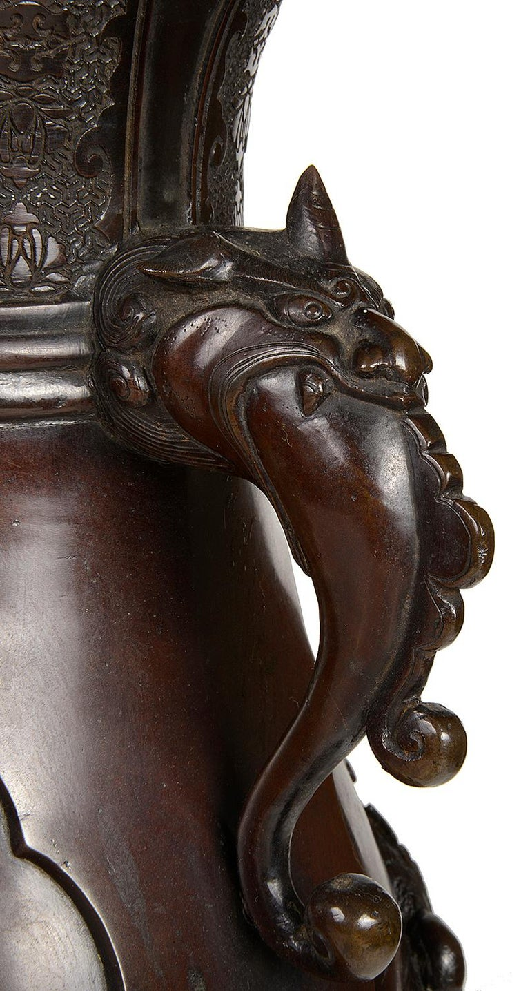 Pair of Meiji Period Japanese Bronze Vases / Lamps For Sale 4