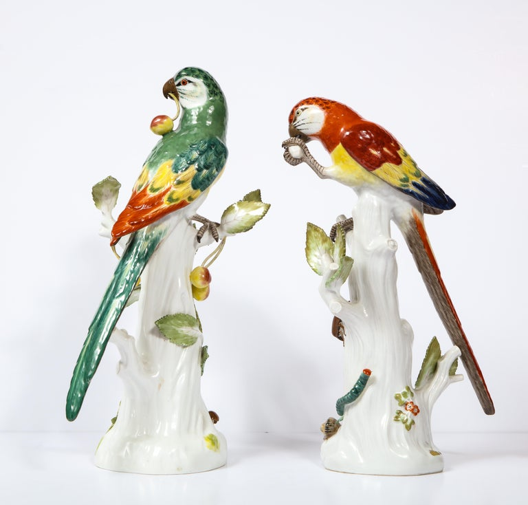 Hand-Painted Pair of Meissen Porcelain Figures of Parrots with Cherries, Insects and Flowers For Sale