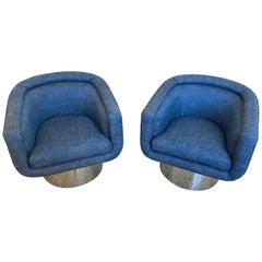 Pair of Memory Swivel Lounge Chairs by Leon Rosen for Pace