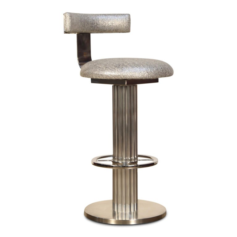 Post-Modern Pair of Memory Swivel Polished Aluminum Barstools by Designs for Leisure, 1980s For Sale