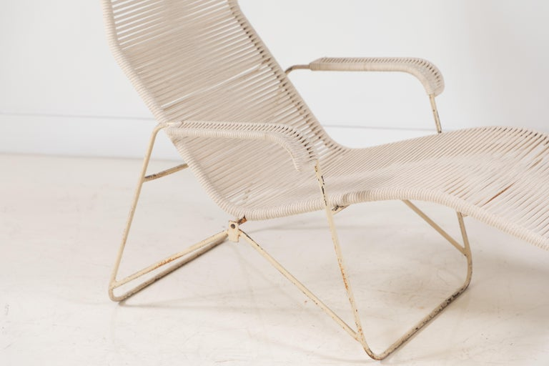 Pair of Metal and Rope Outdoor Lounge Chairs in the Style of Walter Lamb For Sale 4