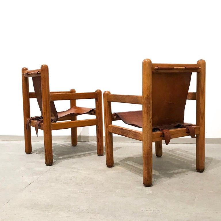 20th Century Pair of Mexican Armchairs For Sale