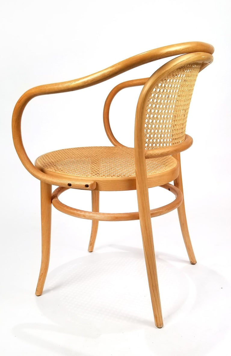 Pair of Michael Thonet Solid Beechwood and Cane no. 209 Armchairs In Good Condition For Sale In Dallas, TX