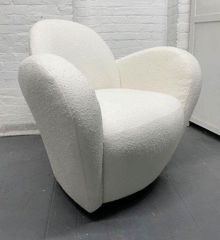 Pair of Michael Wolk Swivel Lounge Chairs In Good Condition For Sale In New York, NY