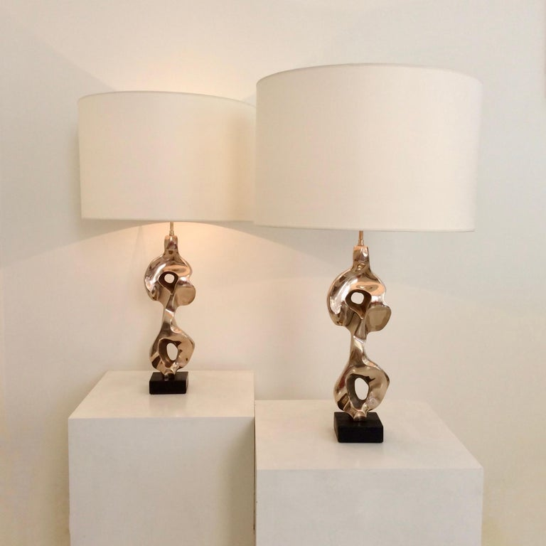 Mid-Century Modern Pair of Michel Jaubert Sculptural Bronze Table Lamps, circa 1975, France For Sale