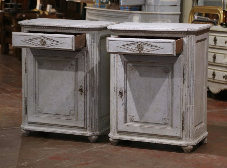 Pair of Mid-19th Century French Louis XIV Carved Hand Painted Jelly Cabinets 1