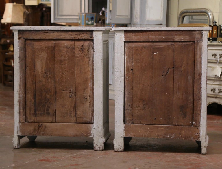 Pair of Mid-19th Century French Louis XIV Carved Hand Painted Jelly Cabinets 4