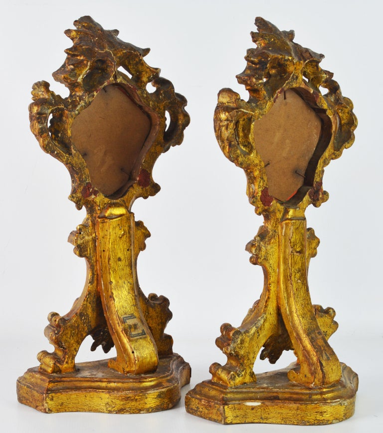 Pair of Mid-19th Century Italian Baroque Style Carved Giltwood Reliquaries For Sale 1