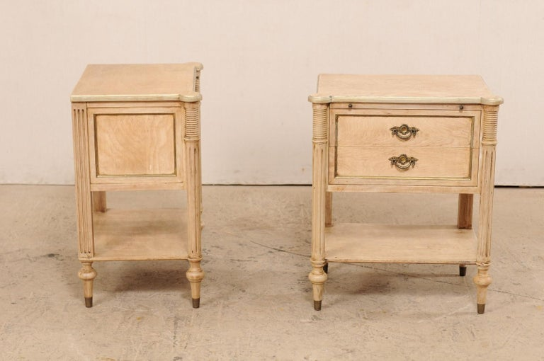 Pair of Mid-20th Century American Carved Wood Nightstands 1
