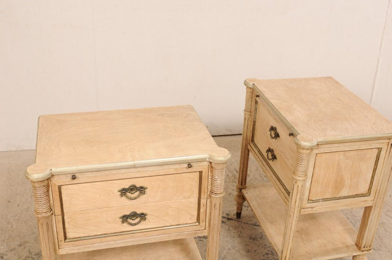 Pair of Mid-20th Century American Carved Wood Nightstands 3