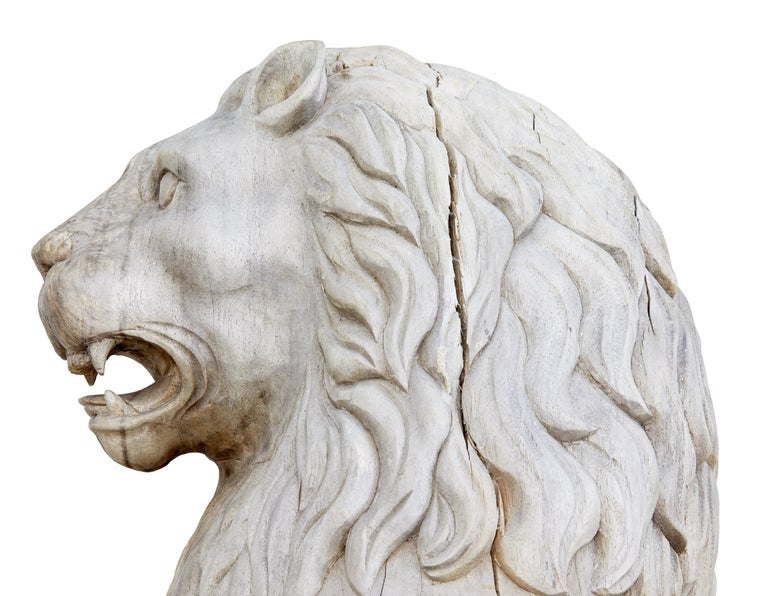 Pair of Mid-20th Century Carved Solid Wood Lions In Good Condition For Sale In Debenham, Suffolk