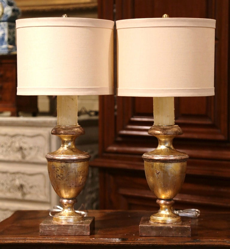 Pair of Mid-20th Century Italian Carved Giltwood Table Lamps In Excellent Condition For Sale In Dallas, TX