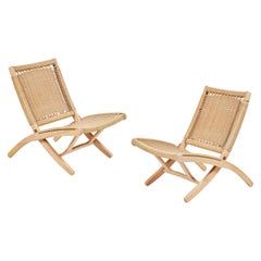 Pair of Mid-20th Century Midcentury Hans Wegner Style Rush Folding Chairs