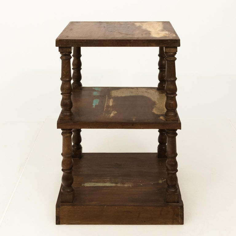 Pair of Mid-20th Century Three-Tier What Not Étagères For Sale 4