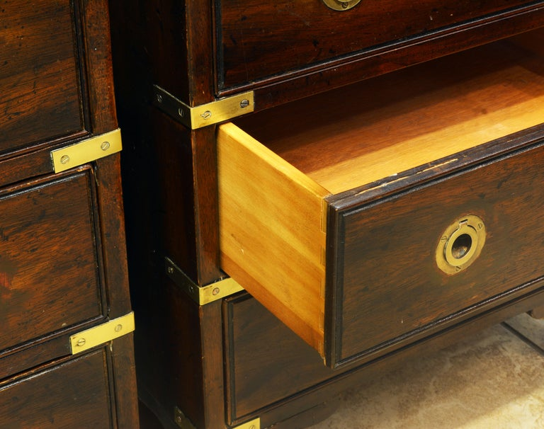 Pair of Midcentury Mahogany Campaign Style Three Drawer Chests w. Brass Accents For Sale 3