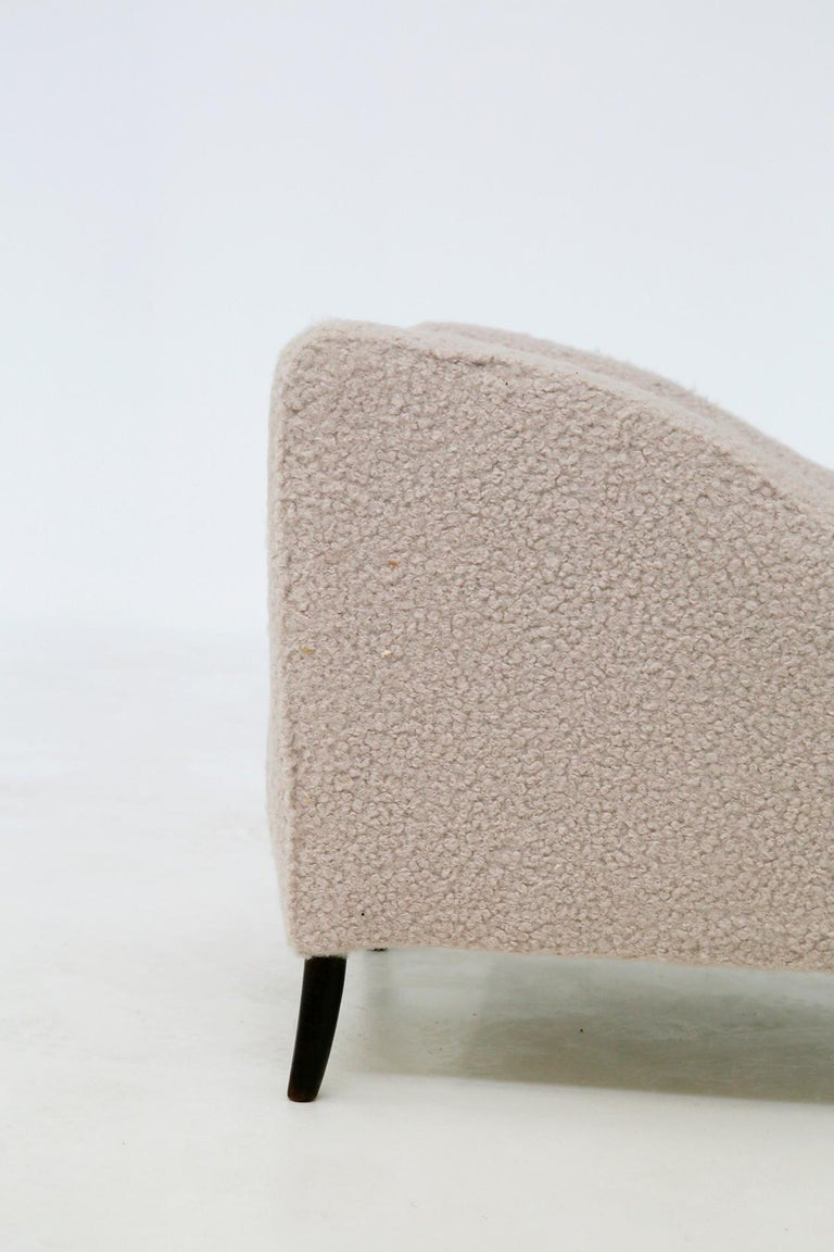 Bouclé Pair of Midcentury Armchairs by Isa Bergamo in White Bouclè Fabric, 1950s For Sale